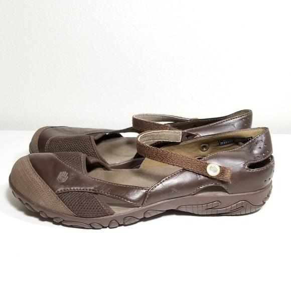 ebaf1042bc95 Teva Flats Slip Ons Leather Size 8